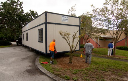 trailer_arrives_onsite_7-11-13_4958---1200